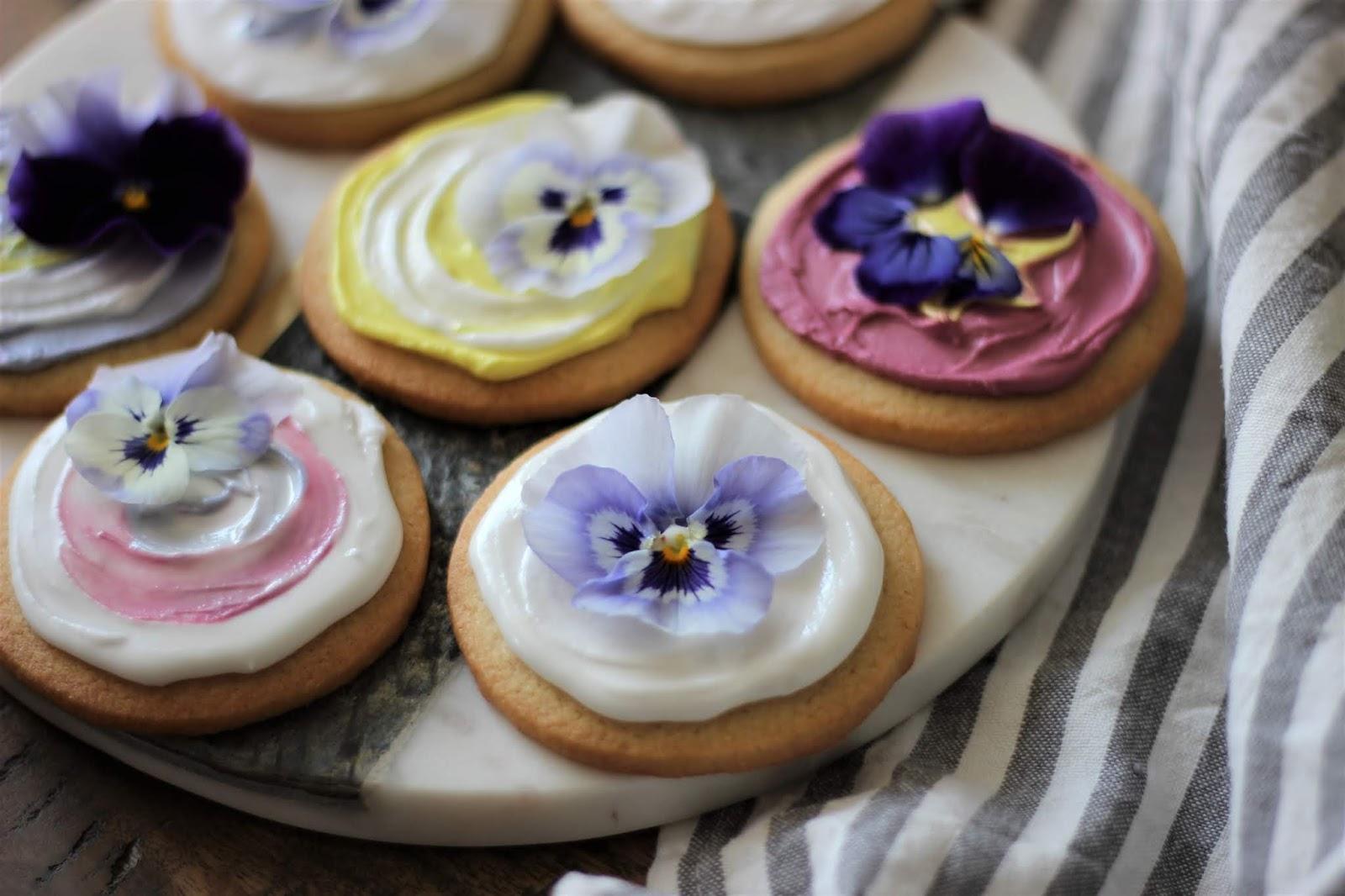 pansy-sugar-cookies