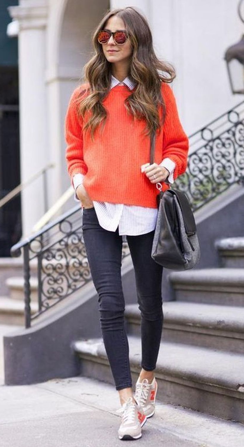 what to wear with a red pullover : white shirt + bag + skinny jeans + sneakers