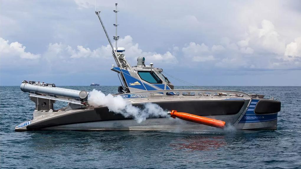 Запуск торпеди з безпілотного катера