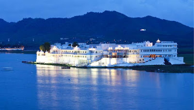 Lake Palace, Taj Lake Palace, Lake Palace Udaipur, Heritage Sites in Udaipur, Heritage of India, Udaipur Tourist Attractions, Udaipur Tourism, Udaipur Tourist Information, Visit Udaipur, Places To Visit in Udaipur, Udaipur Tourist Guide