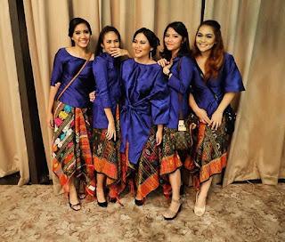 Kebaya Batik Jumputan