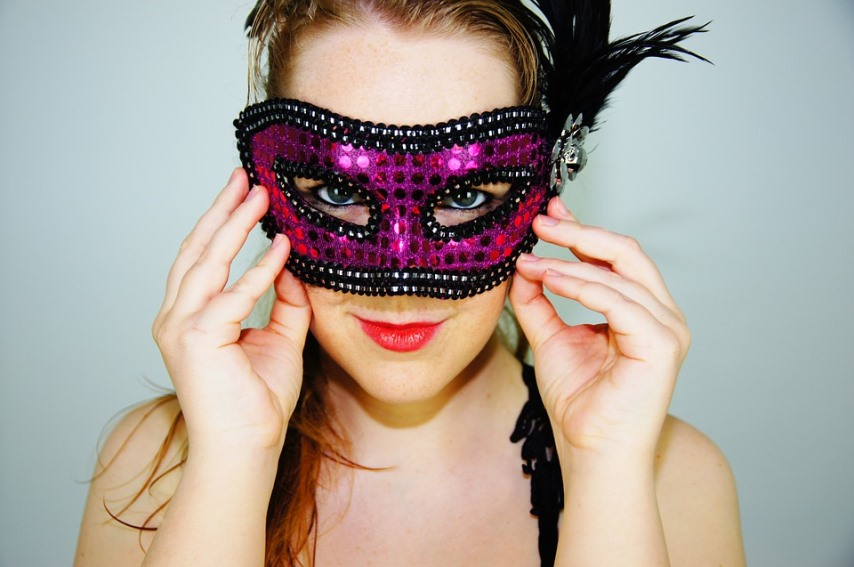 Some Instant Ways to Erase Time From Your Face  woman wearing a mask to hide her fce