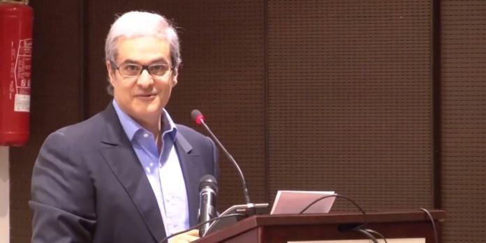 مولاي هشام في قطر للحديث عن الربيع العربي وتوقعات بغضب السعودية والإمارات