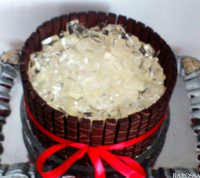 TORT BECZKA Z KOSTKAMI LODU