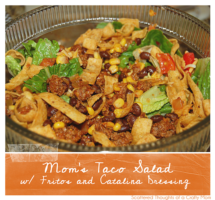 Mom's Taco Salad with Catalina Dressing and Fritos: Taco Salad with Catalina Dressing (Dont forget the Fritos - The Fritos make this this catalina dressing taco salad so goo!)