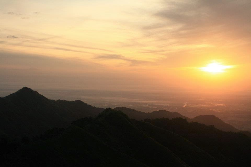 sunrise-at-mount-semilya