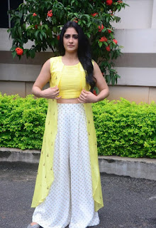 Regina Cassandra September 15 2016 12.jpg