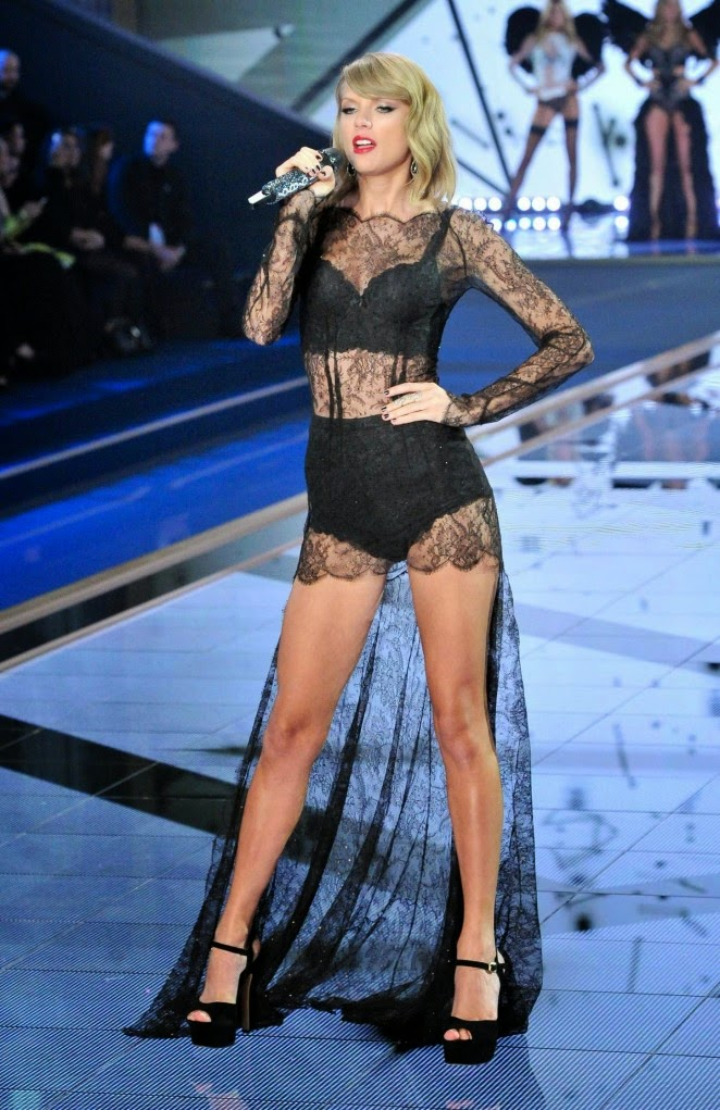 Taylor Swift Wears Lingerie For Her 2014 Victoria S Secret