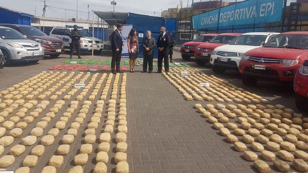 Decomisan en Chile 825 kilos de cocaína y detienen a 12 narcotraficantes