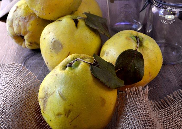 Membrillo, fruta y verdura de otoño