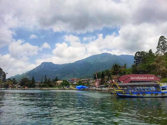 Air Bersih di Danau Toba
