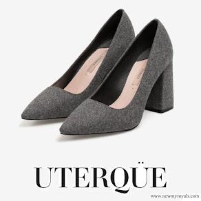 Queen Letizia wore UTERQUE High heel fabric shoes
