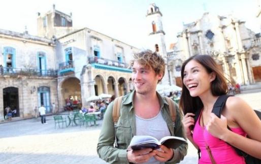 Tips Aman Berlibur ke Luar Negeri Dengan Budget Minim