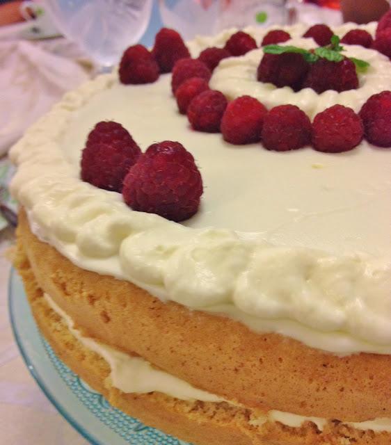 Sweet Kwisine, framboisier, génoise, mascarpone, chantilly, vanille, framboise, gâteau d'anniversaire
