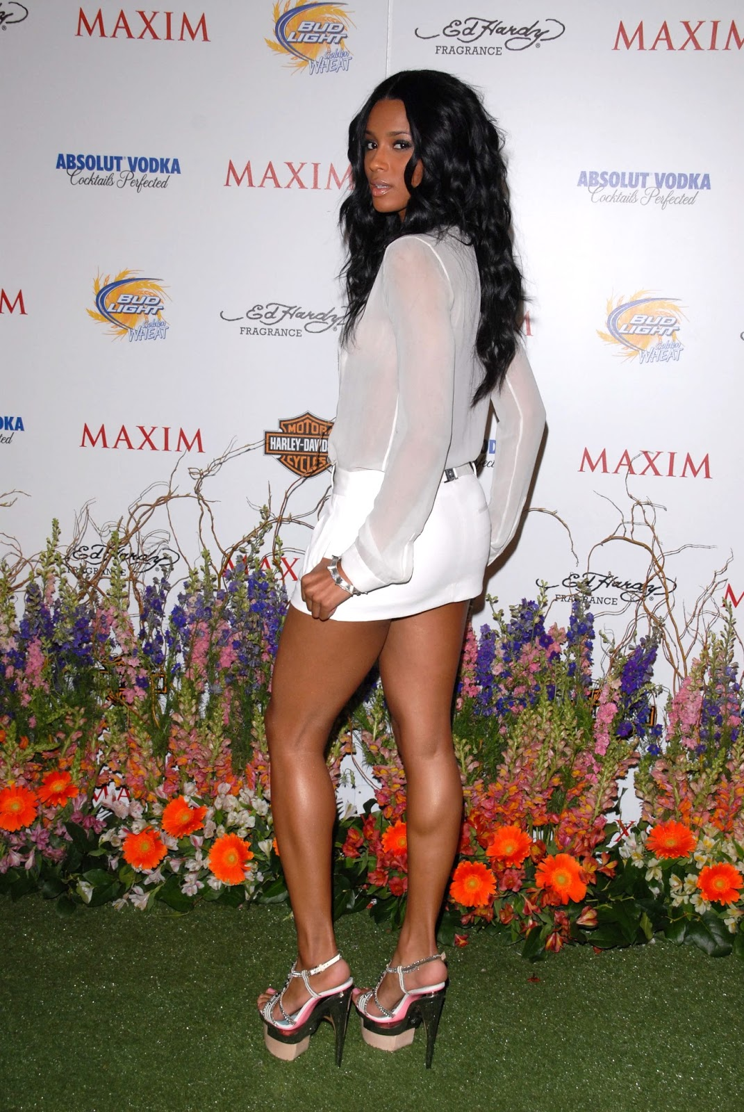Ciara The Singer Pics Of Her Feet 59