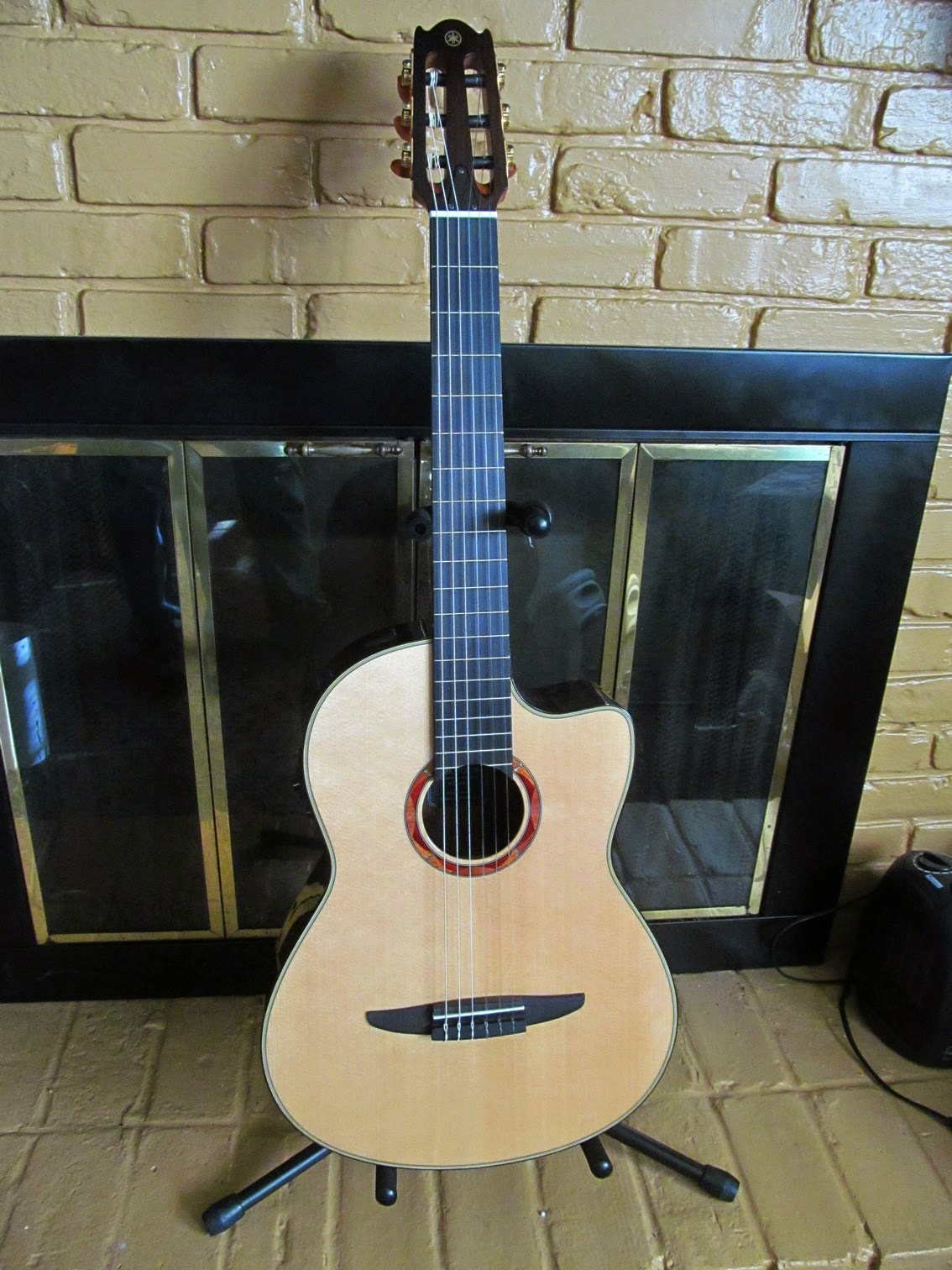 douglas jones music yamaha ncx1200r acoustic electric nylon string guitar mini review. Black Bedroom Furniture Sets. Home Design Ideas