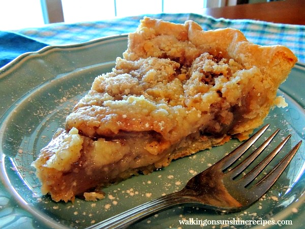 Apple Crumb Pie from Walking on Sunshine Recipes