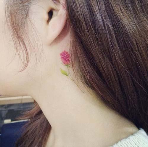 kulak arkası çiçek dövmesi behind ear flower tattoo 3