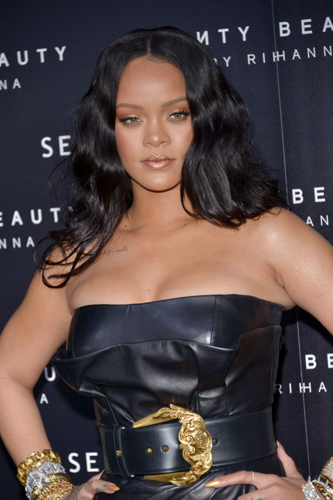 "Rihanna – ""Fenty"" by Rihanna Makeup Launch"