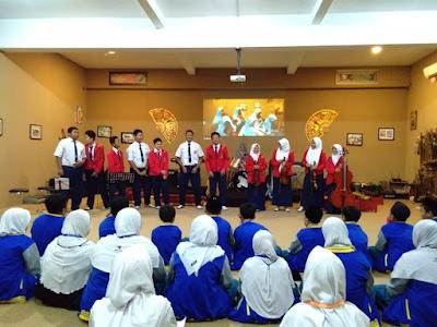 """SMP Islam Sabilillah Malang Juara 1 Cover Lagu """"Hubbul Wathon"""" 2018"""