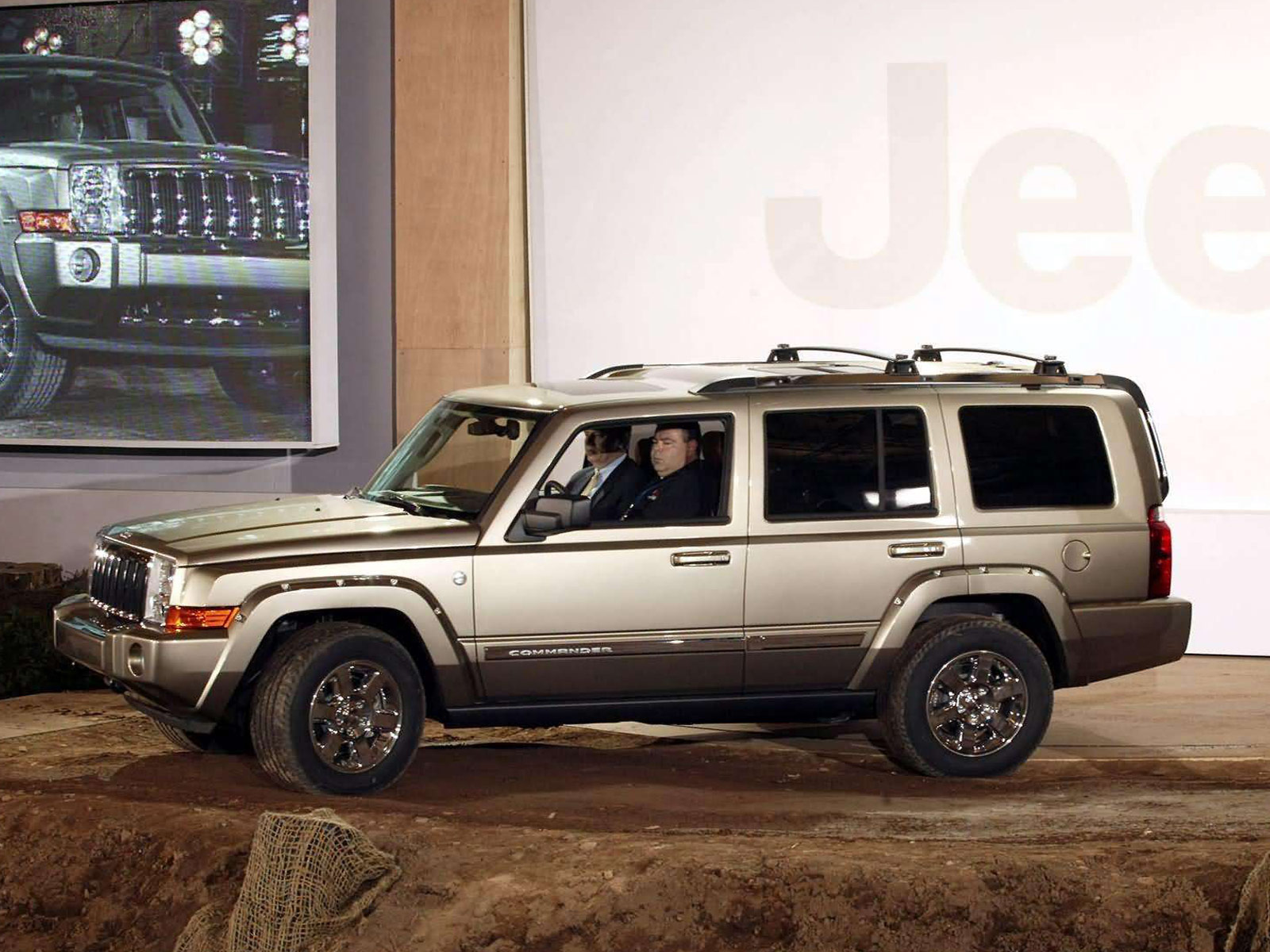 9 Passenger Suv >> 2006 JEEP Commander 4x4 Limited 5.7 HEMI wallpaper