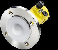 radar level sensor with encapsulated antenna for hygienic or chemical applications