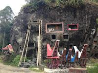 Loko Mata, Batu Berisi Jenazah di Toraja