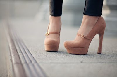 Galeria de Zapatos Altos para Mujeres Bajitas