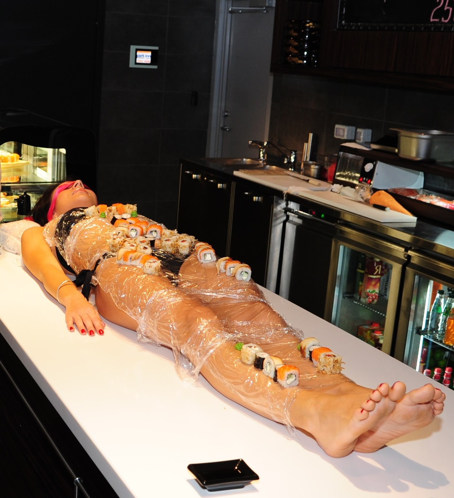 Nyotaimori (Naked Body Sushi)