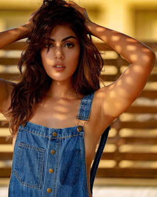 Rhea Chakraborty Biography Biodata Wiki Age