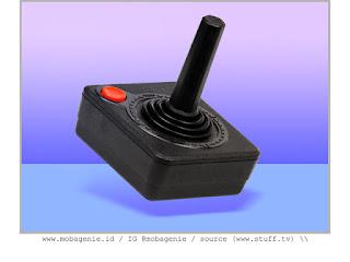 ATARI 2600 JOYSTICK (1977)