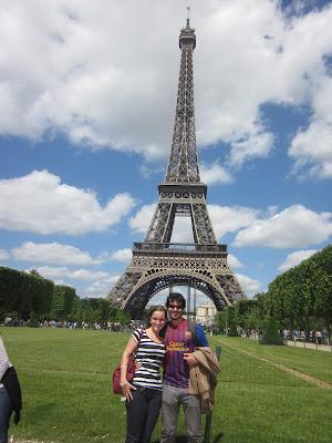 Torre Eiffel durante o dia - Paris - França