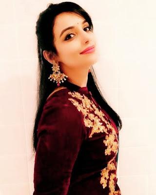 Hot Shabnaz Sadia Emi