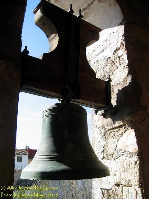 iglesia-santa-elena-pedro-izquierdo-campana