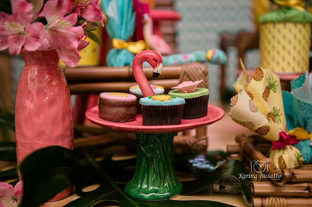 doces festa flamingos