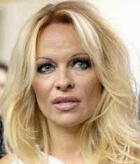 Pamela Anderson Say No to a Global