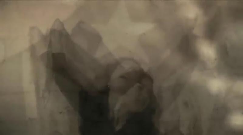 Bárbara Llanes - ¨Ya estoy alegre y tranquila¨ - Videoclip - Dirección: Marcel Beltrán. Portal Del Vídeo Clip Cubano - 08