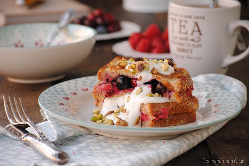Berry pocket eggybread de Jamie Oliver