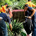 Sambut Hari bakti Lapas ke 53, Warga Binaan Lapas Klaten Kerja Bhakti Di Taman Kota.