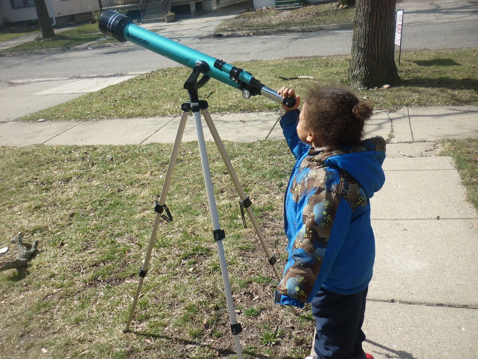 observing with a telescope in a handicap - HD 1600×1200