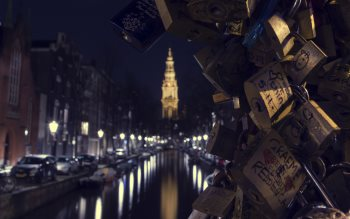 Wallpaper: Love locks