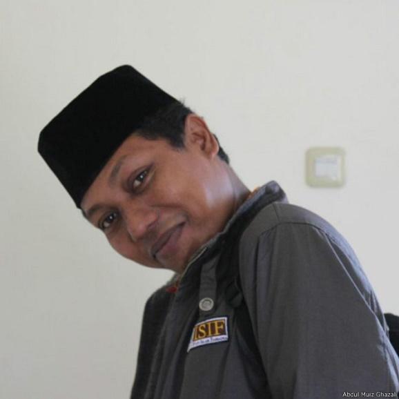 'LGBT yang salah, atau langkah pandang saya mengenai agama yang salah? ' Abdul Muiz Ghazali