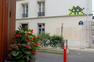 Sunday Street Art : Invader - impasse Mathieu - Paris 15