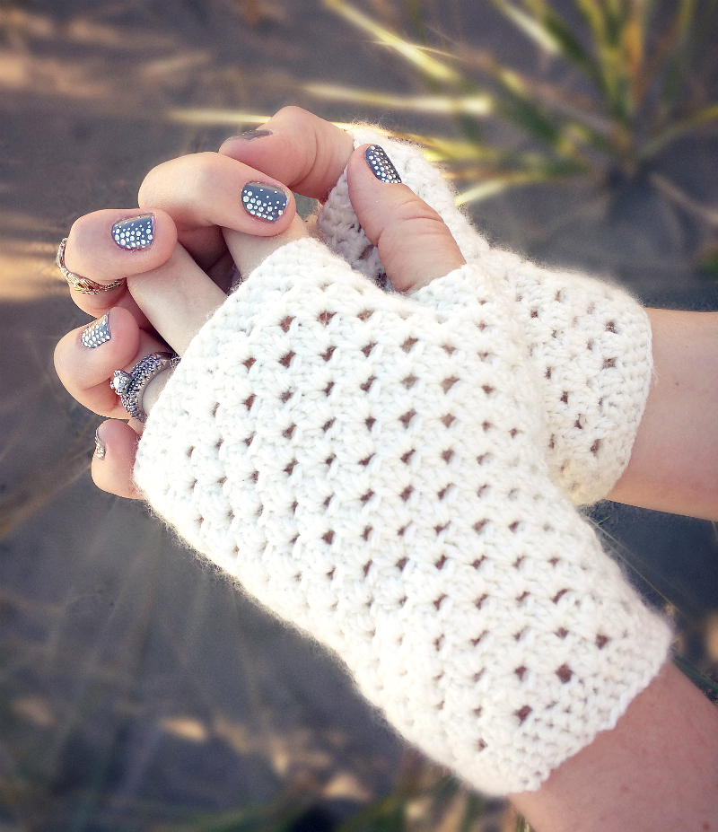 Fingerless Gloves Crochet Pattern Free Delicate Gloves Pattern