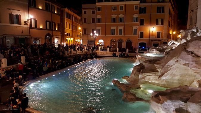 Fontana di Trevi por Sonrisa en Espejo 14