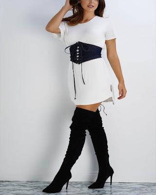 outfit con corset blanco y negro casual de moda