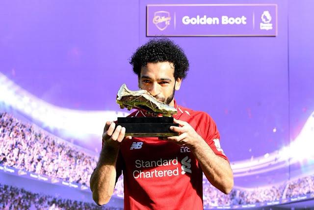 Mohamed Salah meraih penghargaan Golden Boot alias pencetak gol terbanyak
