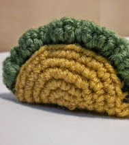 http://www.ravelry.com/patterns/library/taco-cat-toy