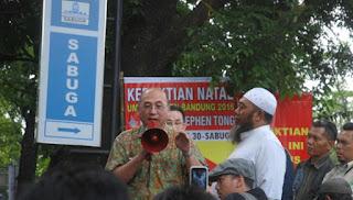 Melanggar Aturan, Natal di Sabuga Bandung Dibubarkan Ormas Islam dan Polisi