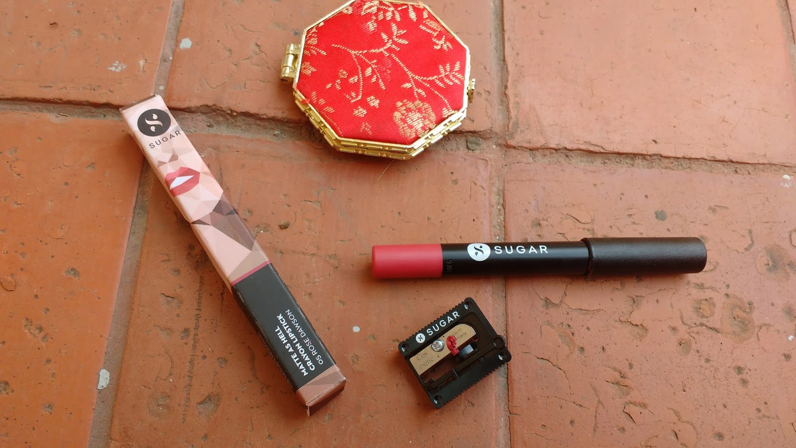 10 Best Long Lasting Lipsticks In India Which Survive A Full Meal Ecer Kiss Proof No 4 It Is Secret That I Love Lip Crayons And Currently Iam Obsessed With Sugar Matte As Hell Crayon These Are Highly Pigmented